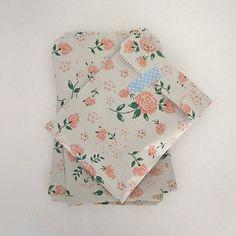 Set of 30 vintage 19 cmX13cm flower printed pattern cards pocket book or zine flat favor bag