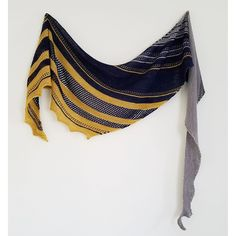 Kessi Shawl by Narrow Path Designs | malabrigo Sock in Ochre, Pearl and Cote d Azure