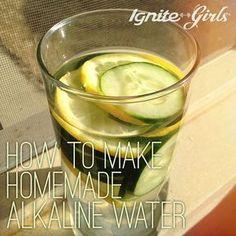 How to Make Homemade Alkaline Water - IgniteGirls® Fitness Detox Drinks, Healthy Drinks, Healthy Water, Detox Juices, Healthy Foods, Healthy Eating, Make Alkaline Water, Alkaline Water Filter, Banane Plantain
