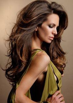 Brunette hair #hairstyle #cut #trend #volume