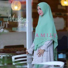 """75 Likes, 26 Comments - Zizara • Yasmeera • Ayudia (@gamischic) on Instagram: """"Amily Mahira Khimar Green Tea - hijab kerudung khimar jilbab syari Untukmu yg cantik, syari, dan…"""""""