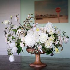 Designed by Kiana Underwood - blanc - Little Flowers, Fresh Flowers, Beautiful Flowers, Table Arrangements, Floral Arrangements, Wedding Centerpieces, Wedding Decorations, Beautiful Flower Arrangements, Arte Floral
