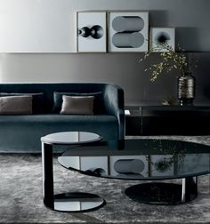 Oto Mini, Coffee table bevelled and bright painted glass top. Bright lacquered metal struture. Designed by Oscar&Gabriele Buratti for Gallotti&Radice