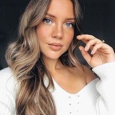 What's better: HIGHLIGHTS or BALAYAGE? 👇 creates a gorgeous highlights effect by mixing Dirty Blonde and Chestnut Brown Seamless extensions in this photo ✨ but.there may be an alternative coming your way soon 😉 Can you guess what it is? Blonde Extensions, Luxy Hair Extensions, Pearl Hair, Everyday Makeup, Hair Inspo, Hair Goals, Bridal Hair, Brown Hair, Most Beautiful