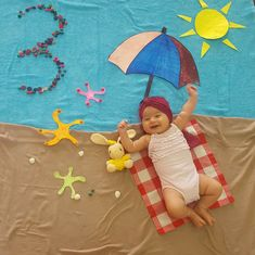 Best Baby photo shoot ideas and themes at home diy - Motherhood & Child Photos Baby Boy Pictures, Baby Girl Photos, Baby Kalender, Monthly Baby Photos, Baby Shots, Baby Boy Dress, Foto Baby, Baby Poses, Newborn Baby Photography