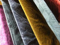 Drying linen napkins and dish towels Longmetrage