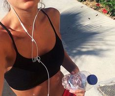 Great Fitness Ideas That Get You Into Shape. Having a higher level of fitness is a fantastic goal to have. Getting fit probably seems like a monumental undertaking, especially if you are starting from Body Fitness, Fitness Goals, Health Fitness, Fitness Routines, Health Club, Fitness Inspiration, Body Inspiration, Summer Body, Sport Motivation