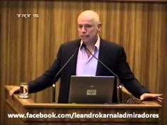 Leandro Karnal - A felicidade é muito relativa - YouTube