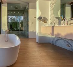 It's National Bubble Bath Day 🛁🛁 We can't wait to celebrate, but before we do, we're setting the mood with dreamy bath tub inspiretion that is sure to have you feeling relaxed. #Bath #Bathroom #BathroomDesign #BubbleBath #BathTub #InteriorDesign #Relax #Inspiration #Design #HomeDecor Bath Tubs, Bubble Bath, Bubbles, How Are You Feeling, Relax, Mood, Interior Design, Bathroom, Inspiration