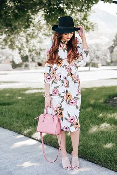 Kate Spade pink bag | Little J Style Blog | Dainty Jewell's Pocketful of Poppies Dress