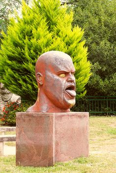 Pontevedra - Ramon CONDE | Flickr - Photo Sharing! Sculpture, Buddha, Statue, Art, Sculptures, Spain, Art Background, Kunst, Sculpting