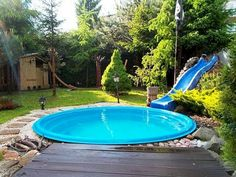 Cozy Stock Tank Swimming Pool Designs Ideas for Your Backyard - Pool Ideas 2019 Backyard Pool Landscaping, Small Backyard Pools, Small Pools, Outdoor Pool, Backyard Ideas, Landscaping Ideas, Garden Ideas, Outdoor Spaces, Backyard Projects