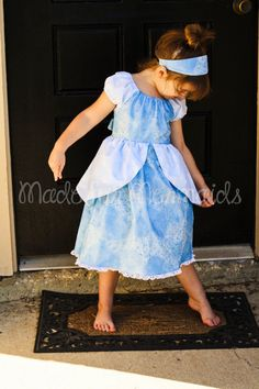 This is a PDF pattern for instant download for this beautiful Cinderella inspired dress. THIS IS NOT A FINISHED DRESS, it is for the pattern that