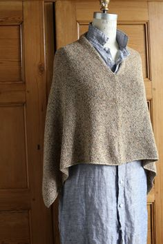 easy folded poncho project... churchmouse yarns...
