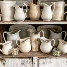Instagram Big Kitchen, Rustic Kitchen, Country Kitchen, Vintage Farmhouse, Farmhouse Style, Farmhouse Decor, Tuscan Style, Rustic Style, Old Fashioned House