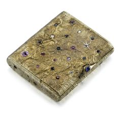 A jewelled silver-gilt cigarette case, Ovchinnikov,1899-1903.