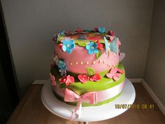 Cake for a sweet girl birthday Butterfly Birthday Party, Cupcake Birthday Cake, Birthday Treats, Cakes To Make, How To Make Cake, Birthday Club, Birthday Parties, Cake Show, Take The Cake