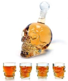 Skull Whiskey Set (Crystal Skull Head + 4 Shot Glasses)