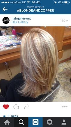 Blonde highlights with copper low lights! STYLE OF CUT I LIKE Blonde highlights with copper low ligh Hair Color And Cut, Hair Highlights, Blonde Highlights With Lowlights, Strawberry Blonde Highlights, Great Hair, Hair Hacks, Hair Lengths, New Hair, Hair Inspiration