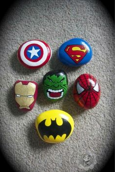 Painted Rocks // How to Paint & AMAZING Rock Painting Ideas - - Trying to learn how to paint rocks? Don't worry, here's everything you need to know about painted rocks PLUS the largest list of rock painting ideas ever. Pebble Painting, Pebble Art, Stone Painting, Diy Painting, Painting Lessons, Rock Painting Ideas Easy, Rock Painting Designs, Paint Designs, Rock Painting Ideas For Kids