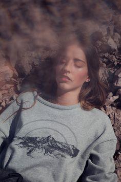 Datura Maat´Mons Print Sweater. Illustration by Caroline Corbason. Photography by Barbara Vidal