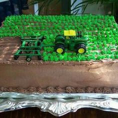 Instead of tractor taking out grass.have cows grazing instead (birthday cake cookies awesome) Tractor Birthday Cakes, Cookie Cake Birthday, Birthday Fun, Tractor Cupcakes, Birthday Ideas, Farm Cake, Farm Party, Cake Decorating Techniques, Cakes For Boys