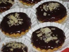 Košíčky od tetičky Christmas Cookies, Sweet Tooth, Baking, Cupcakes, Breakfast, Desserts, Food, Russian Recipes, Polish