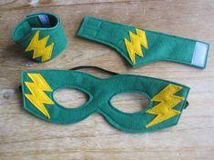 Items similar to Felt Super Hero mask and cuff set on Etsy Superhero Dress Up, Diy Superhero Costume, Superhero Capes, Superhero Baby Shower, Superhero Birthday Party, Batman Party, Boy Birthday, Birthday Parties, Super Hero Outfits