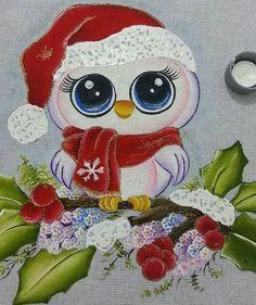 Búho navideño                                                                                                                                                                                 Más Christmas Rock, Christmas Owls, Christmas Pictures, Christmas Crafts, Christmas Ornaments, Tole Painting, Fabric Painting, Owl Cartoon, Owl Pictures