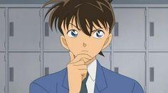 Shinichi Kudo denkt nach