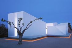 House 2 For A Photographer, Tarragona, Spain by OAB