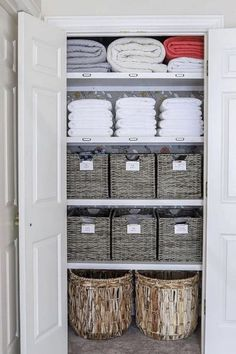 The best home organization ideas for every room in your home including the kitchen, bedroom, garage, bathroom, closet, for kids and home organization hacks and ideas to declutter and restore sanity in your home. The latest DIY, tips and tricks that you will want to try right away. #homeorganization Linen Closet Organization, Home Office Organization, Bathroom Organization, Organization Ideas, Organizing, Garage Bathroom, Bathroom Closet, Small Laundry Rooms, Family Organizer