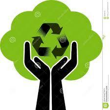 Una especie de arbol conformado por 2 brazos  y un plano organico verde, y en el medio un simbolo de reciclaje, esto indica que con nuestras manos podemos reciclar y crear vida.