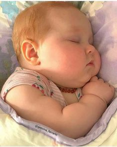 Chubby Babies, Funny Babies, Cute Babies, Baby Kids, Beautiful Children, Beautiful Babies, Beautiful People, Cute Baby Wallpaper, Cute Baby Videos