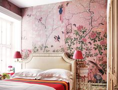 The Best Décor Souvenirs to Buy When You Travel // De Gournay Chinoiserie wallpaper