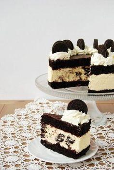Oreo torta Oreo Torta, Oreo Cake, Bolo Original, Cookie Recipes, Dessert Recipes, Torte Recepti, Snacks Dishes, Oreo Dessert, Fun Cooking
