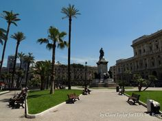 Who would have thought an area outside a court house could be so relaxing. Piazza Cavour. A 3 minute walk from the school. Rome.