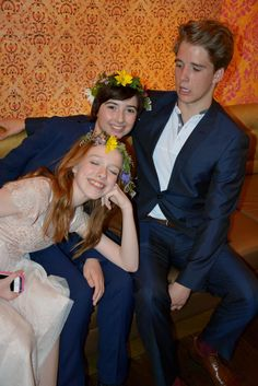 Amybeth McNulty (Anne), Aymeric Jett Montaz (Jerry) and Christian Martyn (Billy) hams it up at Anne Viewing event. Gilbert And Anne, Anne White, Amybeth Mcnulty, Gilbert Blythe, Anne With An E, Anne Shirley, Wattpad, Cuthbert, The Avengers