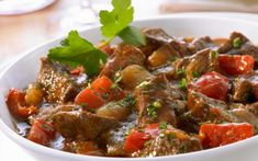 Goulash (2) Pitta, Pot Roast, Slow Cooker, Beef, Cooking, Ethnic Recipes, Food, Dragon Flies, Indian