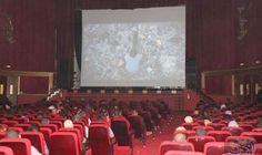 """""""عنابة"""" يُقدّم فيلم """"رجل مسرحان"""" في عرض…: تم تقديم العرض الشرفي للفيلم الجزائري القصير """"رجل مسرحان"""" للمخرجين الجزائريين عيسى جمعة ورابح…"""