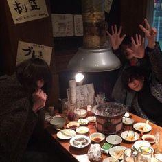 [Champagne]川上洋平2014/2/7 少しでも関西気分味わうべくこの二人と焼肉に。稲村さんと志磨さん。食い過ぎた。洋平