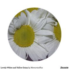 Lovely White and Yellow Daisy Cutting Boards