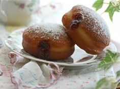 Doughnuts on Pinterest | Donuts, Chocolate Donuts and Apple Cider ...