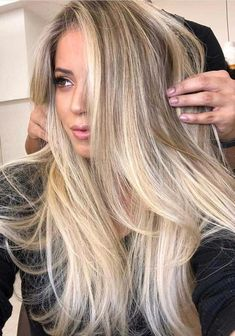 Hair Color Trends 2018 Highlights : Stunning and unique ideas of balayage hair colors and highlights with long hairc Winter Hairstyles, Cool Hairstyles, Long Blonde Hairstyles, Hairdos, Long Hair Haircuts, Long Hair Highlights, Hair Color Balayage, Blonde Balayage Long Hair, Blonde Long Hair Cuts