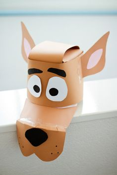DIY Scooby Doo Mask - maybe we can use a ball cap as a base? Scooby Doo Dog Costume, Scooby Doo Kids, Scooby Doo Halloween, Fall Halloween, Scooby Doo Disfraz, Diy Costumes, Halloween Costumes, Storm Trooper Costume, Camping Crafts