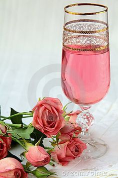Dating Miss Millionairess | Pink champagne and roses | ~LadyLuxury~