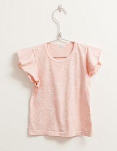 Ihana T-paita frillahihoilla ja printillä