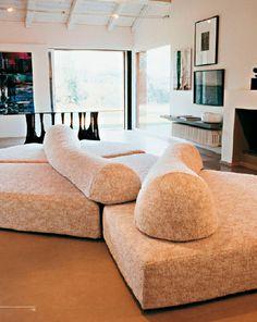 Edra, sofá modelo On the rocks modulable y reconfigurable diseñado por Francesco Binfare. Mobiliario de diseño para hogar, hoteles y contract. (Espacio Aretha agente exclusivo para España).