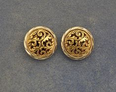 Items similar to Gold And Silver Floral Button Magnetic Non Pierced Clip Earrings on Etsy Gold Jhumka Earrings, Jewelry Design Earrings, Gold Earrings Designs, Stud Earrings, Pierced Earrings, Gold Ring Designs, Gold Bangles Design, Gold Jewellery Design, Real Gold Jewelry