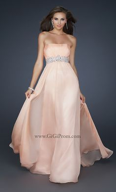 Wow....I don't think I could pull this off, but it's gorgeous!